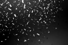Fallende glänzende Funkelnsilber Konfettis lokalisiert auf schwarzem Hintergrund Weihnachts-oder guten Rutsch ins Neue Jahr-Konfe Stockbilder