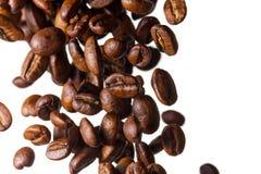 Fallende Kaffeebohnen Lizenzfreies Stockbild