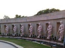 Fallende Statue des Wassers Lizenzfreies Stockbild