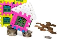 Fallender Immobilienmarkt das Konzept Lizenzfreie Stockbilder