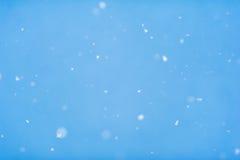 Fallender Schneehintergrund Stockbild