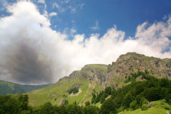 faller berg Fotografering för Bildbyråer