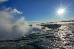 faller niagara Vattenfall i vintern, kanadensisk sida Royaltyfri Foto