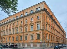 Fallet för tjänare av den Nikolaev slotten i St Petersburg, Ryssland Fotografering för Bildbyråer