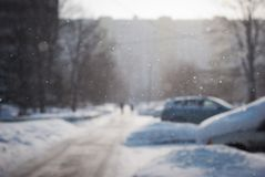 Falling snowflakes in the city Royalty Free Stock Photography