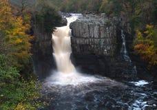falls pressar high Arkivbilder