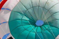 Fallschirm in Ixtapa Mexiko lizenzfreies stockfoto