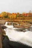 Fallwasserfall Lizenzfreies Stockfoto
