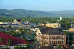 Falmouth domstolsbyggnad och kyrka, Jamaica Royaltyfria Foton