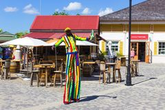 Falmouth Jamaica - Maj 02, 2018: Folket som går på port Royaltyfria Foton