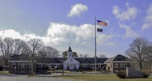 FalmouthStadhuis, Massachusetts in Falmouth, Massachusetts stock foto