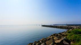 Falochron na Adriatic morzu Goro portu widok Fotografia Royalty Free