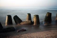 Falochron w morzu tęsk ujawnienie Obraz Royalty Free