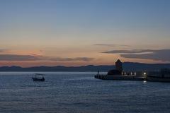 Postira na wyspie Brac, Chorwacja, noc widok Fotografia Stock