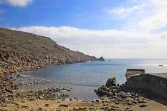 Falochronu Lamora zatoczka Cornwall Anglia Zdjęcie Royalty Free
