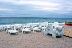 Falsches Wetter auf Strand stockbilder
