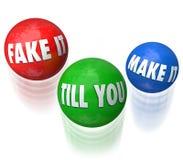 Falsifique-o Till You Make It Juggling que as bolas fingem até que consiga forem Imagens de Stock Royalty Free