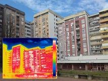 Falta da exibição da imagem infravermelha e real da isolação térmica foto de stock