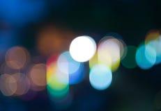 Falta de definición colorida del bokeh del arco iris en la noche Imágenes de archivo libres de regalías