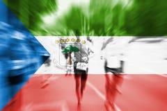 Falta de definición de movimiento del corredor de maratón con fla de mezcla de la Guinea Ecuatorial Imagenes de archivo