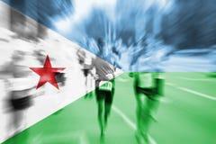 Falta de definición de movimiento del corredor de maratón con la mezcla de la bandera de Djibouti Fotos de archivo libres de regalías