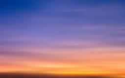 Falta de definición del ejemplo del cielo de la puesta del sol Imagen de archivo