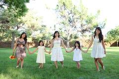 Família asiática no parque fotografia de stock royalty free