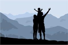Família da silhueta das montanhas Imagens de Stock