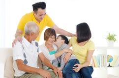 Família das gerações do asiático três Fotografia de Stock Royalty Free