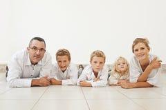 Família de cinco imagens de stock