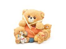 Família de confecção de malhas do urso de peluche fotografia de stock royalty free