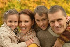 Família de sorriso feliz Fotos de Stock