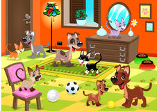 Família dos gatos e dos cães na casa. Imagem de Stock