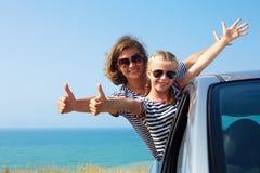 Família em férias Férias de verão e conceito do curso de carro Imagem de Stock