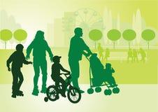 Família em walk_3 Foto de Stock