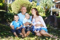 Família feliz ao ar livre Foto de Stock Royalty Free