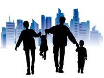 Família feliz, arquitectura da cidade Fotos de Stock