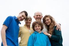 Família feliz da ligação imagens de stock