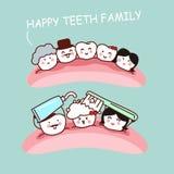 Família feliz do dente dos desenhos animados Fotos de Stock