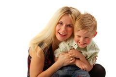 Família feliz: Mamã e filho. Imagem de Stock