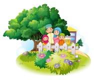 Família muçulmana no jardim ilustração royalty free