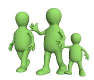 Família na caminhada - mum, paizinho e criança imagem de stock royalty free