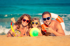 Família na praia Imagem de Stock