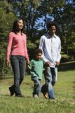 Família no parque. Foto de Stock Royalty Free