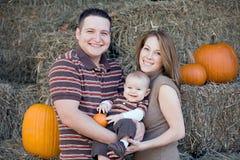 Família no tempo da acção de graças Fotografia de Stock