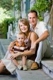 Família nova perfeita feliz Fotografia de Stock