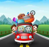 Família que viaja no carro Fotografia de Stock