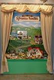 Famílias de Sylvanian da firma do brinquedo da família foto de stock royalty free