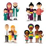 Famílias do africano, do asiático, do árabe e do europeu Ícones dos caráteres do vetor ajustados ilustração royalty free