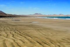 Famara海滩,兰萨罗特岛,加那利群岛,西班牙 免版税库存照片